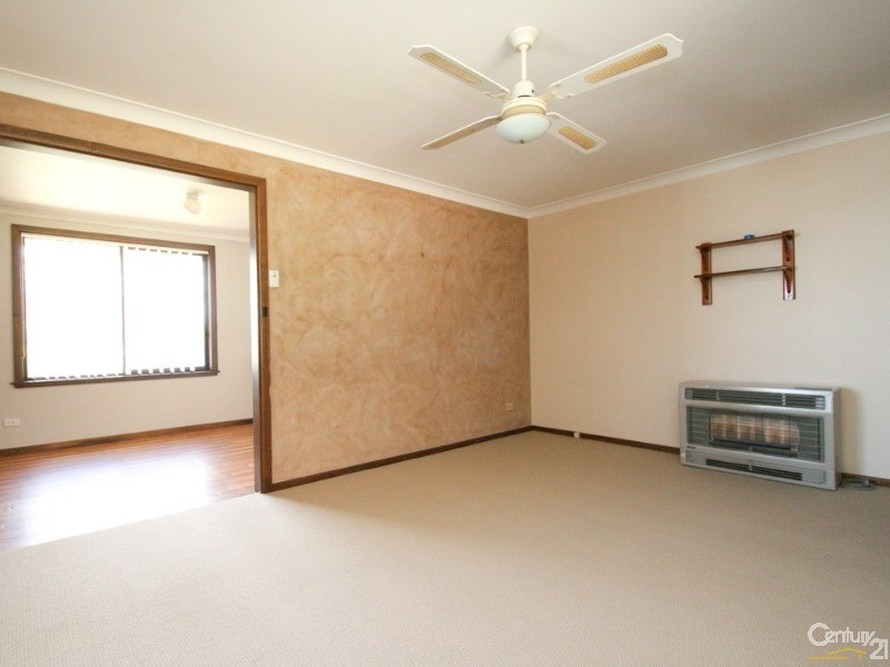 4 BEECH CRESCENT, Orange - House for Sale in Orange