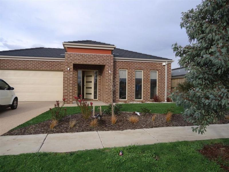 6 Ercildoune Court, Cranbourne West - House for Rent in Cranbourne West