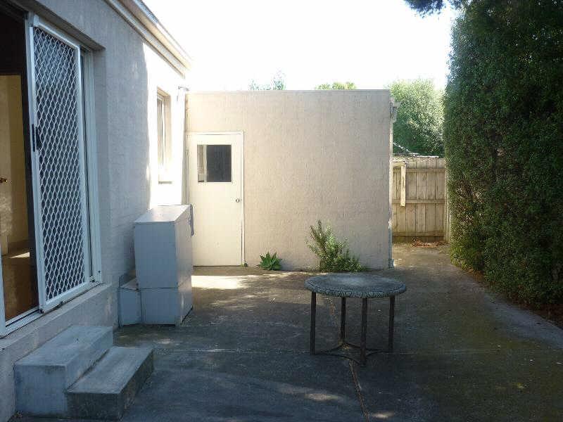 44b Clay Street, Moorabbin - Townhouse for Rent in Moorabbin